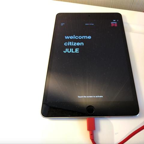 Paris hotel iPad